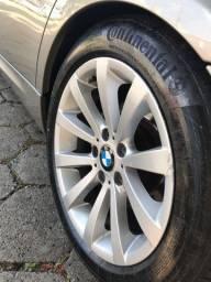 BMW 320i com Kit Sportivo M de fábrica