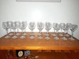Conjunto taças de cristais (18 taças)