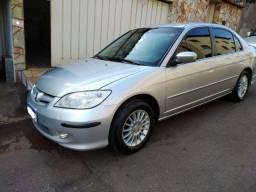 Civic EX 2005 em raro estado