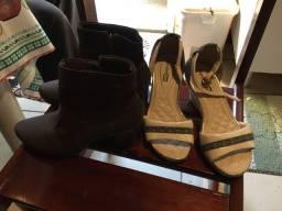 Vendo  um kit  1 sandália  anabela e 1 bota linda semi nova número  35