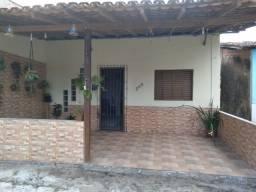 Vendo casa em mosqueiro 43.000 mil fica localizada no bairro de carananduba