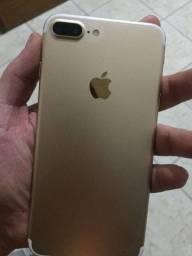 Título do anúncio: iPhone 7 Plus 32 gb gold novíssimo