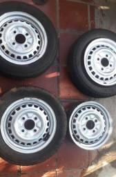 Rodas de fusca aro 15 com engate pra calota