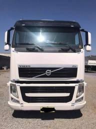 Título do anúncio: Caminhão Volvo FH460