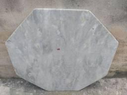 Mármore branco( tampa de mesa)