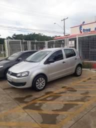 FOX 2013/2014 1.6 Completo - Volkswagen - 2013