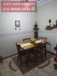 Apartamento para Venda em Pelotas, Centro, 3 dormitórios, 2 banheiros, 1 vaga