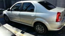 Vende-se Logan Renault 2011 / 2012 - 2012