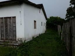Vendo um terreno 12x31 c/ casa 8x12