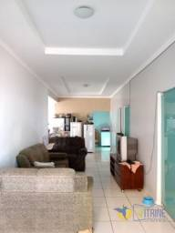 Casa com 7 quartos - Bairro Industrial Mooca em Goiânia
