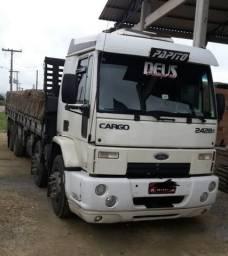 Vende-se caminhão bitruck Ford Cargo 2428E - 2011