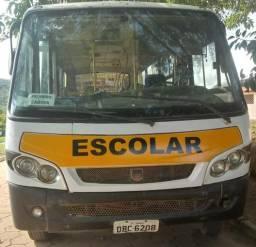 Micro-ônibus 9-150