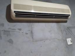 Título do anúncio:  Vende-se um ar-condicionado de 18 mil btu