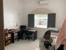 Título do anúncio: Linda casa com 2 quartos, na rua as Amendoeiras - KFD9857