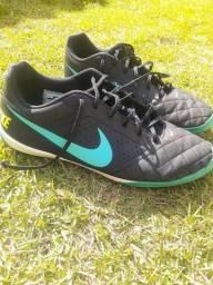 Chuteira Nike beco futsal N°43