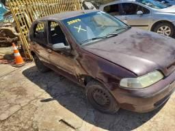 Sucata de Fiat Palio ex - 2002 - Para retirada de peças