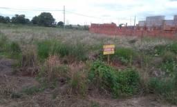 Título do anúncio: Vende-se terrenos em Carlópolis PR
