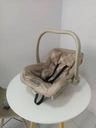 Bebê conforto burigottu