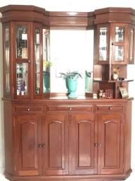 Cristaleira de madeira maciça 1,70 de largura 2,15 de altura ,espelhada