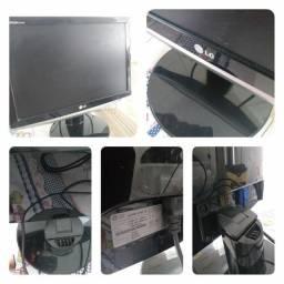 Monitor LCD 14 polegadas