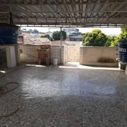 Casa tipo Apto em Ramos com Terraço, 02 Quartos, Sala etc...