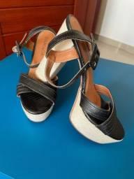 Sandálias Usadas