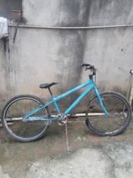 Título do anúncio: Vendo bicicleta aro aero 180