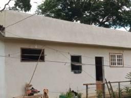 Vendo casa com 5 anos de uso