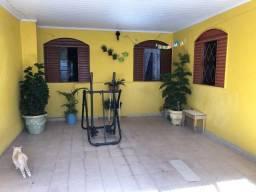 Casa em excelente localização no Novo Gama - GO!!!