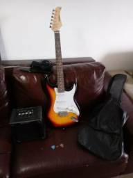 Guitarra Waldman Stratocaster Regulada Por Luthier + Amplificador Giannini