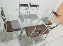 Mesa 6 cadeiras com tampo de vidro e aço inox