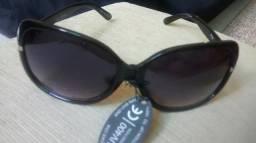 Vendo óculos feminino com proteção UV