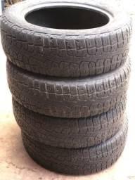 Vendo Pneus Pirelli P205/60 R16