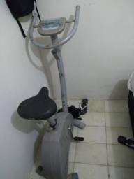 Vendo Bicicleta ergométrica caloi 150kg