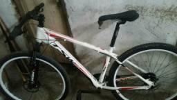 Vendo uma bicicleta de macha TSW