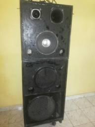 Vendo uma caixa de som nova