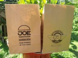 Sacos e sacolas personalizadas em papel Kraft