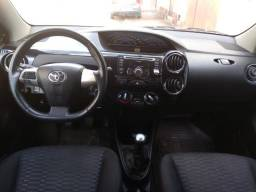 Etios Sedan XLS 1.5 2014 ( GNV 5° Geração) - 2014
