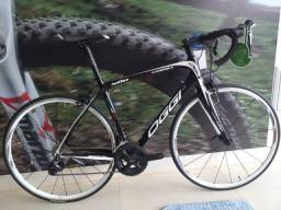 Bicicleta Speed Oggi Cadenza 500 Carbono
