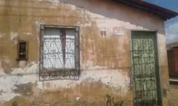 Vendo casa de Esquina no Bairo Vila Pedro Brito Bacabal-MA
