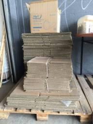 Caixas de papelão, bonina e barrica de papel, sacarias e big bags e pallets de madeira