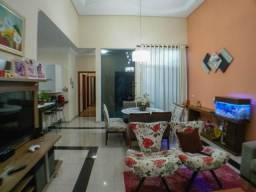 Casa de 3 quartos para venda, 192m2