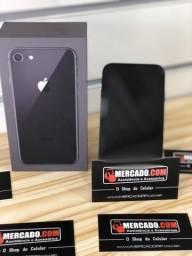 Celular IPhone 8 de 64Gb semi novo