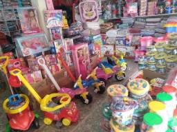 Grande liquidação de natal dos brinquedo para crianças