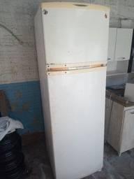 Vendo geladeira Brastemp frosfree
