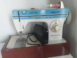 Maquina de costura singer