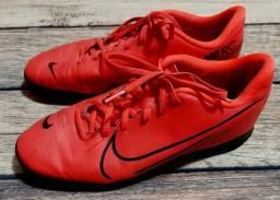 Chuteira Nike merc 39
