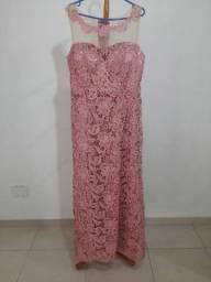 Lindo vestido em renda rosa -festa, madrinha ou mãe do noivo