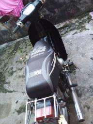 Título do anúncio: Vende-se moto traxx