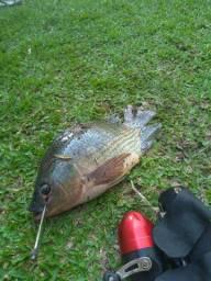 Spincast para pesca e caça com estilingue